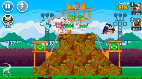 angry_birds_friends5.jpg