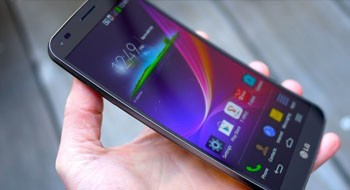 Обзор смартфона LG G Flex