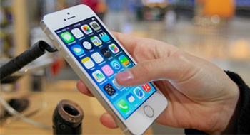 Как экран телефона влияет на длительность работы батареи